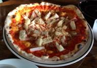 山芋とベーコンのピザ